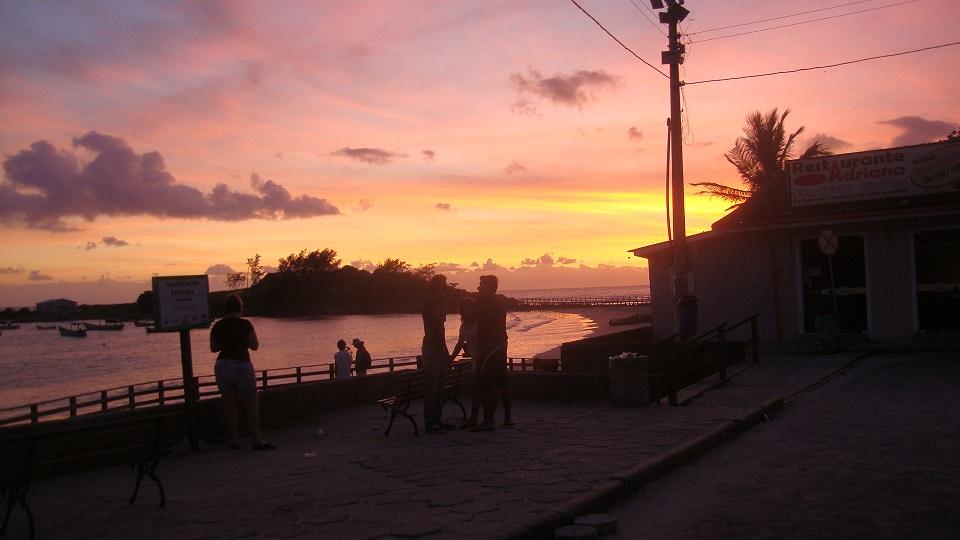 amanhecer na praia da armação